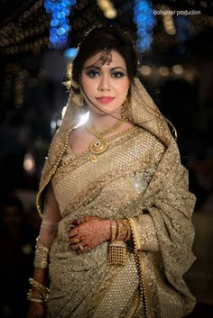 #indian #wedding #bride #saree #sari #blouse #gold #jewelry