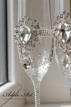 Pesronalized Champagne Wedding Flutes Set of 2 Wedding by Adeleart