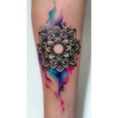 """ #tattoo #mandala #detail #stunning #watercolour #tatts #wooyeah #haha #mandalatattoo #armtattoo #pretty #want #need #hashtag #lol #tumblr…"""