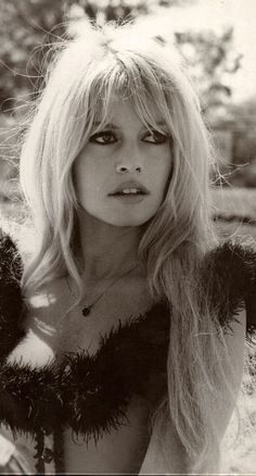 Pin by floyd strange on gals in 2019 bardot hair, bardot bangs, bridget bar Bridgitte Bardot, Bridget Bardot Hair, Bardot Brigitte, Brigitte Bardot Hairstyle, Bridgette Bardot Style, How To Cut Fringe, Bardot Fringe, Hair Colorful, Actrices Hollywood