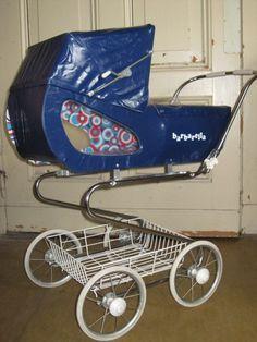 Pram Stroller, Baby Strollers, Vintage Pram, Prams And Pushchairs, Baby Buggy, Dolls Prams, Baby Prams, Baby Carriage, Baby Dolls