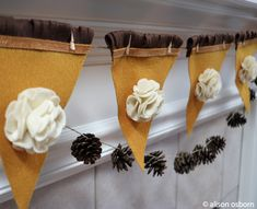 I am very excited to welcome back Alison Osborn to the Kunin Felt Classroom. She shares a tasty banner for Thanksgiving. You can make banners quickly and easily with Kunin Felt. Change the color of felt to suit any decor. Follow Alison on Instagram, her designs are delightful! https://www.instagram.com/alisoninspires/  Hi, Alison Osborn here, with some more holiday fun. One of my favorite traditions for Thanksgiving is baking pumpkin pies and today I'll like to serve up a simple pumpkin pie…
