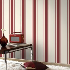Superfresco Orla Red/Gold 20-749 Length: 10 m Width: 52 cm Pattern Repeat: 64 cm £9.99