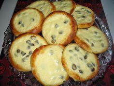 Helkan Keittiössä: Gluteeniton Pullataikina Muffin, Gluten Free, Baking, Breakfast, Food, Cupcakes, Glutenfree, Morning Coffee, Cupcake Cakes