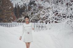 Blackpink jennie IG update from chanel event White Dress Winter, Winter White, Chanel Chain Bag, Blackpink Wallpaper, Red Hair Day, Elle Fashion, Paris Fashion, Jennie Kim Blackpink, Lily Rose Depp