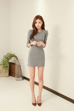 Herringbone Sleeve Dress It's black and white Korea Fashion, Asian Fashion, Tight Dresses, Dresses With Sleeves, Cute Umbrellas, Asian Street Style, Korea Style, Korean Dress, Beautiful Asian Women