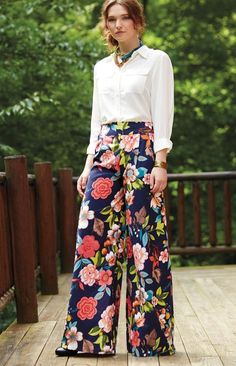 Take a bold print to the next level with this free pattern for a classic wide leg pant.