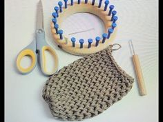 Loom Knitting a Basic Bind Off on a Soap Sack Loom Knitting a Basic Bind Off on. Loom Knitting a Basic Bind Off on a Soap Sack Loom Knitting a Basic Bind Off on a Soap Sack – Yo Loom Knitting Stitches, Loom Knitting Projects, Hand Knitting, Knitting Machine, Knitting Ideas, Circle Loom, Knitting Blocking, Crochet Tools, Stocking Pattern
