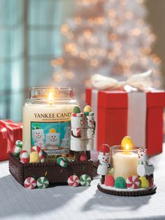 Merry Marshmallows Accessories Christmas Scents, Merry Christmas, Xmas, My Yankees, Decorative Candles, Yankee Candles, Candle Accessories, Candle Diffuser, Candle Warmer