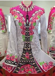 **Rising Star Designs**Irish Dance Solo Dress Costume** OH MY GAWD THIS IS SO FUCKING COOL!!!!!