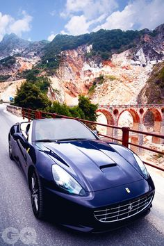 The Ferrari California was unveiled at the 2008 Paris Motor Show. The car went into production in 2008 and is still being produced by Ferrari. The car is available as a 2 door grand tourer coupe and as a hard top convertible. Dream Cars, My Dream Car, Ferrari California, Ferrari F50, Convertible, Exotic Sports Cars, Exotic Cars, Fancy Cars, Sweet Cars