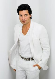 Google Image Result for http://www.clubsonoro.com/chayanne/imagenes/chayanne.jpg