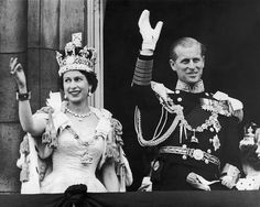 Queen's Coronation Young Prince Philip, Prince Philip Queen Elizabeth, Prince Phillip, Elizabeth Ii Young, Princess Eugenie, Princess Anne, George Vi, Prince Harry, Princesa Elizabeth