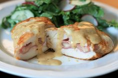 This is a standard recipe for Cordon Bleu, featuring stuffed chicken swimming in a creamy wine sauce. rated ***** on site Granola, Quinoa, Easy Dinner Recipes, Easy Meals, Dinner Ideas, Delicious Recipes, Yummy Food, Cordon Bleu Recipe, Recipe For Cordon Blue