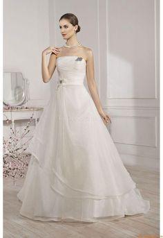23 Best abiti da sposa fara images  d6940fa6bfb