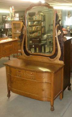 Oak Quartersawn Princess Dresser Large Beveled Mirror Claw Feet Bloomington In | eBay...42--22d