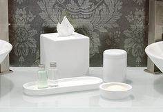 room360 Miami Resin Stone Shell: t'cover, soap dish, jar, tray