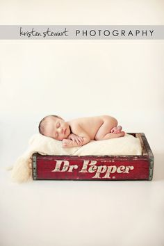 Dr Pepper makes the world taste better, that's true! This is such a darling photo! Baby Up, Baby Love, Baby Kids, Baby Pictures, Baby Photos, Just Eat It, Dr Pepper, Christmas Inspiration, Future Baby
