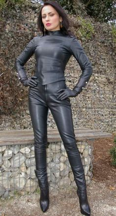 Dominatrix Style Leather Combo by www. Leather Jumpsuit, Leather Leggings, Leather Gloves, Sexy Stiefel, Leather High Heel Boots, Leder Outfits, Leather Lingerie, Crazy Outfits, Sexy Boots