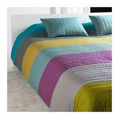 MALIN Sengetæppe og 2 pudebetræk IKEA Du kan nemt skifte stil i soveværelset, for sengetæppet har forskellige mønstre på de 2 sider.