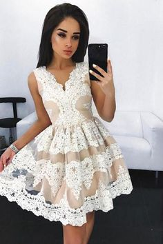 We have now you covered for School formal with our collection of well designed time dresses, gorgeous tinsel, little black evening wear and backless stunning seats within the sexiest measures.  #homecomingdresses #homecominghairstyles