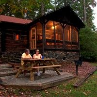 Oconee State Park, SC: Cabins and Campsites Info