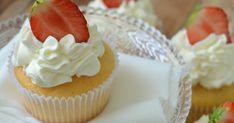 Ook deze cupcakes maakte ik voor de verjaardag van mijn zoontje, naast de mokkacupcakes , marscupcakes en de raffaellocupcakes . Ook h... Muffins, Zucchini, Sweets, Candy, Cooking, Desserts, Cakepops, Cup Cakes, Brownies