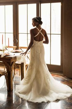 Gorgeous detailed gown/ detailed wedding gown with an open back/ classic wedding gown for young bride/ sleek bridal look   WeddingDay Magazine