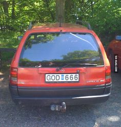 Meanwhile in Sweden>> this is extra fun cause I seriously found a car that had DVL 666