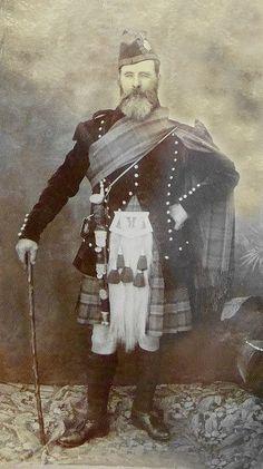 +~+~ Antique Photograph ~+~+ Archibald McKinnon ~ wonderful short history by his great grandson. Scottish Clans, Scottish Highlands, Vintage Photographs, Vintage Photos, Scottish Dress, Scottish Clothing, Macleod Tartan, Perth, Scotland History