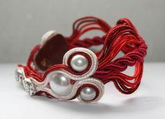 Rose soutache bracelet
