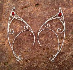 Elf Ear Cuff; Materials: 20 gauge silver plated copper wire; 26 gauge silver plated copper wire; 4mm red bead