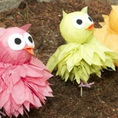 DIY Tissue Pom Owls {Party Decor}