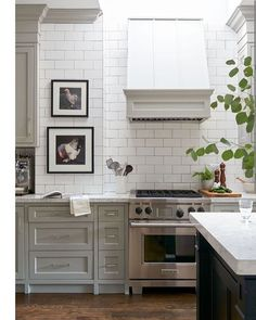 Monday mornings are better with a little kitchen inspiration. ❤️