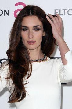 Paz Vega, ah that explains the face. Vegas Hair, Spanish Actress, Vegas Style, Kintsugi, Simply Beautiful, Latina, Actors & Actresses, Hair Makeup, Celebrity