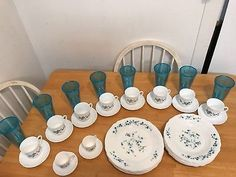 Veronica Dinnerware-Service for 8-By Arcopal Of France