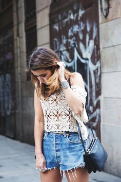 Sonar_Barcelona-Bershka-Outfit-Street_Style-Levis-Crochet-Gaimo_Espadrilles-1