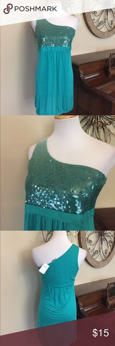 "🆕 Vanity Size Large One Shoulder Sequin Tank Top New with Tag! BUST MEASURES 16.25"" across and Length is 30.25"" and bottom is elastic. Vanity Tops Tank Tops"