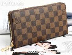 Louis Vuitton Zippy Wallet | LUUUX