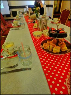 So the is proving to be a popular tea party theme for hen parties. For this recent hen party we used red as the main colour theme with accents of pale blue and florals. Tea Party Table, Tea Parties, Vintage Tea, Color Themes, Party Themes, 1950s, Table Settings, Table Decorations, Table Top Decorations