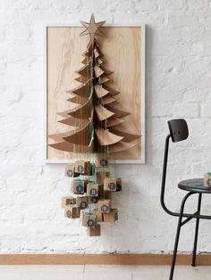 Alternative Christmas tree wall hanging or advent calendar. Christmas Tree Design, Noel Christmas, Modern Christmas, Christmas Crafts, Christmas Tree Advent Calendar, Diy Advent Calendar, Kids Calendar, Advent Calendars, Printable Calendars