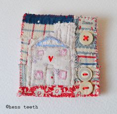 hens teeth : textile Brooch/pin Art Textile, Textile Jewelry, Fabric Jewelry, Quilting Projects, Quilting Designs, Sewing Projects, Diy Embroidery, Embroidery Stitches, Fabric Scraps