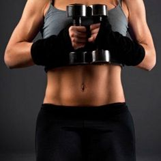 Repin if you're shaping up your abs this summer! All you need are these six moves and a set of dumbbells.