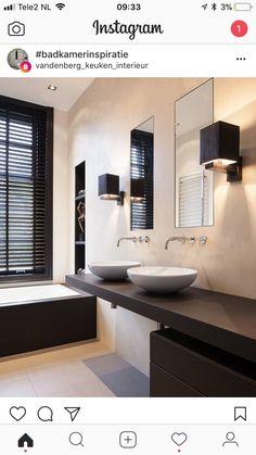 Bad Inspiration, Bathroom Inspiration, Interior Design Inspiration, Home Interior Design, Glamorous Bathroom, Bathroom Goals, Bathroom Toilets, House Goals, Modern House Design