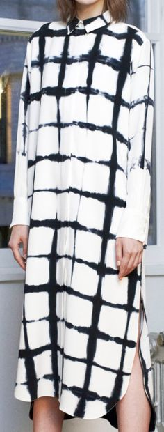 Adam Lippes - Fall 2014 Update of the gridlock print? Textiles, Tie Dye Dress, Shirt Dress, Fashion Week, Womens Fashion, Shibori Tie Dye, Fashion Designer, Inspiration Mode, How To Dye Fabric
