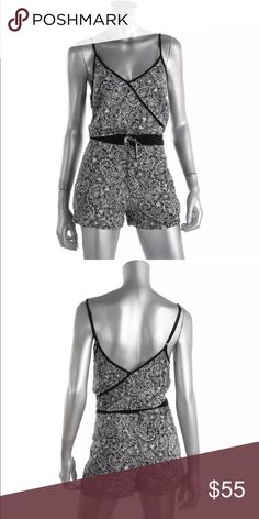 French Connection B/W Adjustable Straps Romper 4 French Connection B/W adjustable Straps Printed Romper Size 4.. Adorable! French Connection Shorts