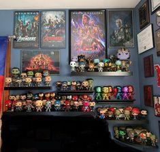 Marvel Bedroom, Avengers Room, Funko Pop Display, Comic Room, Geek Room, Disney Rooms, Game Room Design, Decoration, Double Tap