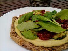 Pizza vegana con harina de garbanzos! -en sartén (y horno)