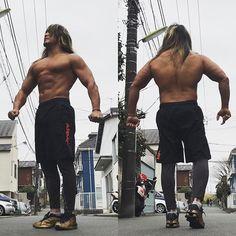 hiroshi_tanahashi さらに追加 #筋肉 。 #鉄の意志 キープしていこう。そうしよう。あ、洗濯終わった( ̄(工) ̄)  2017/02/28 00:21:12