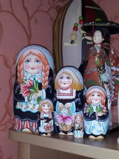 Country beauties -Holland Matryoshka www.matrioskas.es